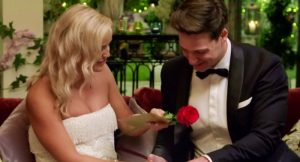 Bachelor 2019. Matt gives Elly the Golden Ticket and the first rose
